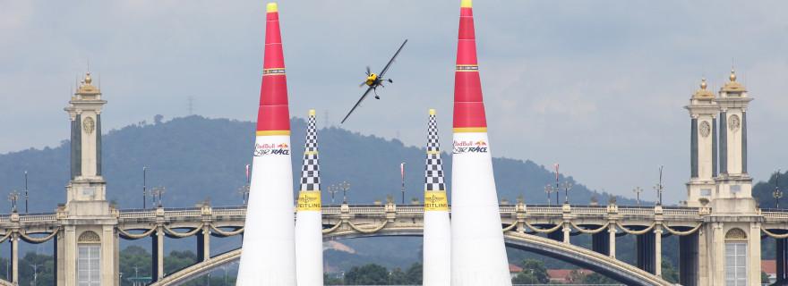 Red Bull Air Race Putra Jaya Malaysia